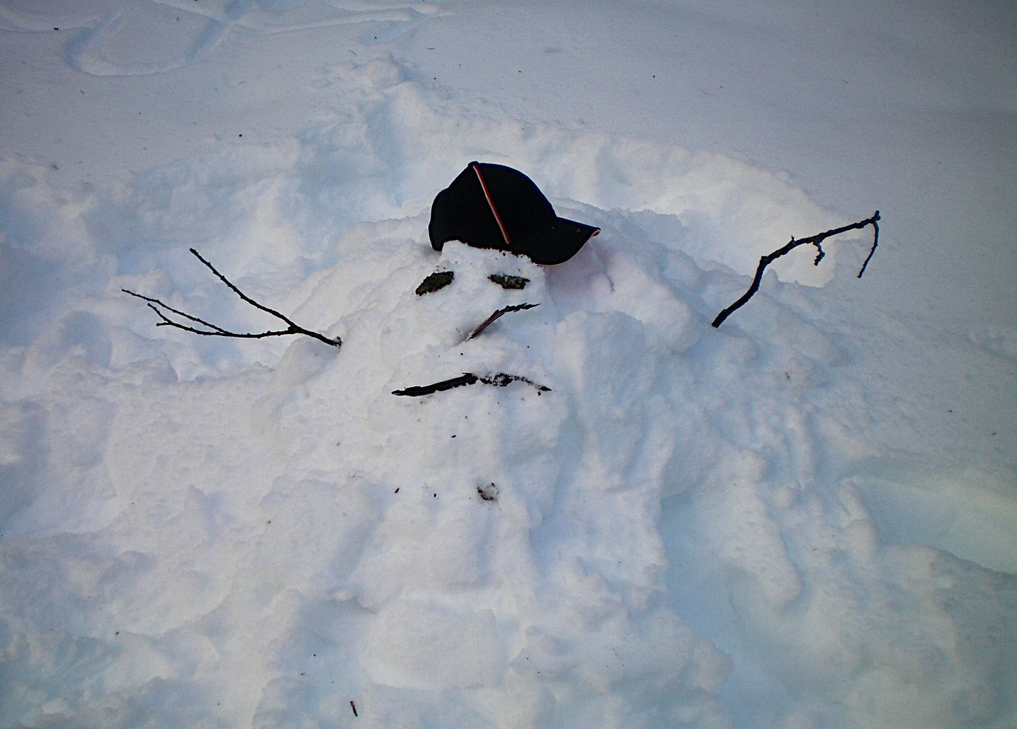 Sad Snowman Melting Spring Vector Illustration Stock ...  |Sad Melting Snowman